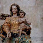 Mosteiro de Alcobaça - Virgem Maria com o Menino ao colo